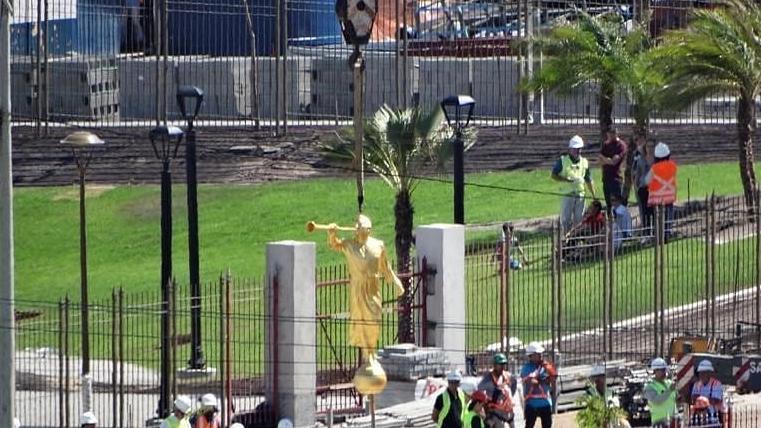 Estátua do Anjo Morôni é içado no Templo de Fortaleza