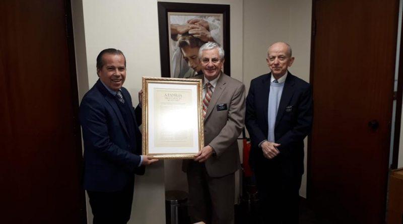 Marcio Camargo, Deputado Estadual, visita escritórios da Igreja de Jesus Cristo em São Paulo