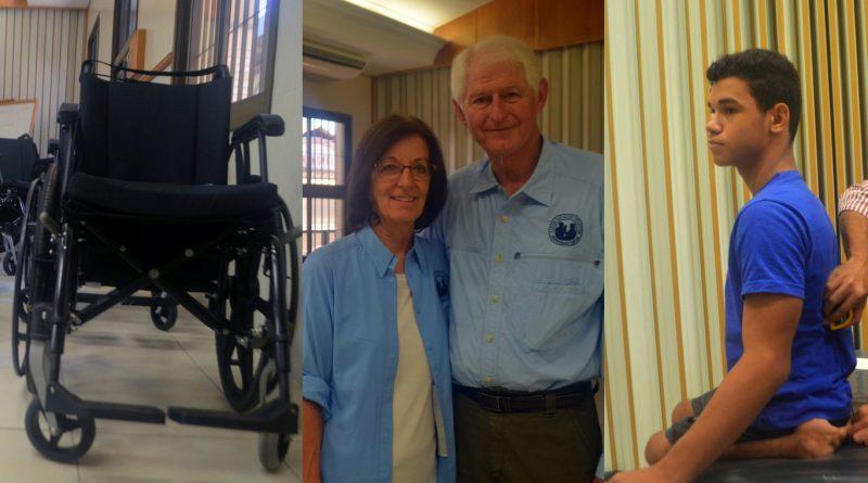Casal americano John e Marcia Dow está no Brasil como voluntário do projeto (Foto: Carlos Alberto Jr/G1)