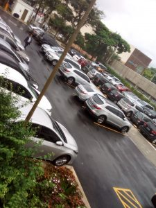 Estacionamento lotado