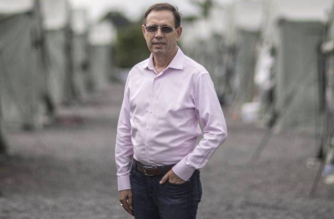 Carlos Wizard Martins, em acampamento de refugiados em Boa Vista: nova missão é ajudar vítimas do novo coronavírus Jonne Roriz/VEJA